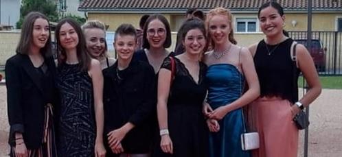 Bal De Fin D'année Du Lycée