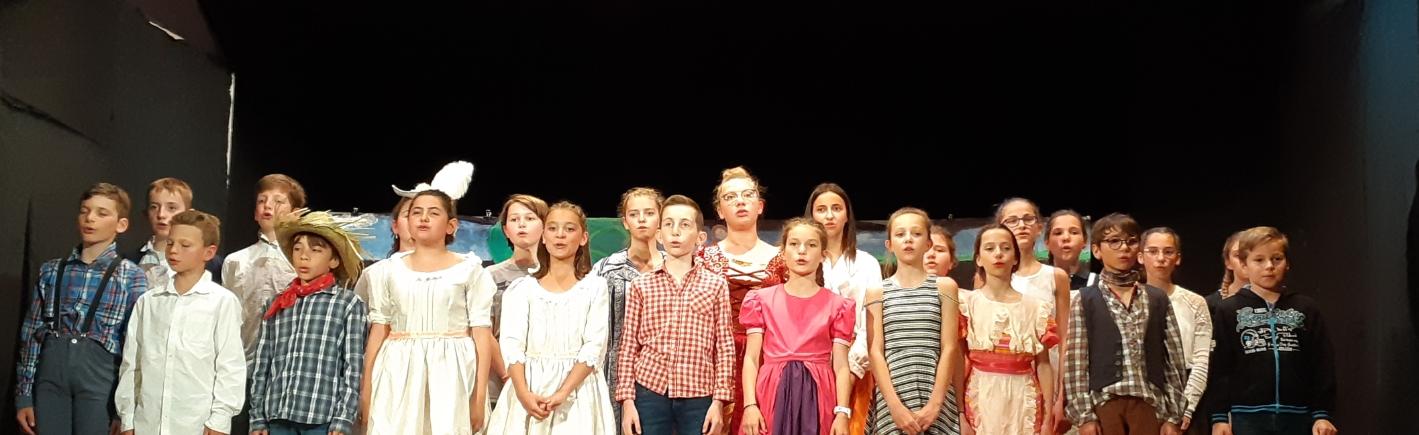 Bravo Aux élèves De La Classe 6ème Théâtre Pour Leur Première Représentation (extrait)